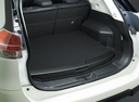 Фото авто Nissan X-Trail T32, ракурс: багажник цвет: белый