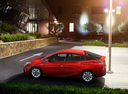 Фото авто Toyota Prius 4 поколение, ракурс: 90 цвет: красный