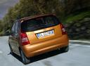 Фото авто Kia Picanto 1 поколение, ракурс: 180 цвет: коричневый