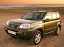 Фото авто Nissan X-Trail T30 [рестайлинг], ракурс: 45 цвет: зеленый