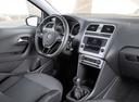 Фото авто Volkswagen Polo 5 поколение [рестайлинг], ракурс: торпедо