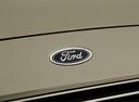 Фото авто Ford S-Max 2 поколение, ракурс: шильдик