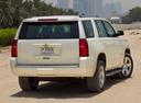 Фото авто Chevrolet Tahoe 4 поколение, ракурс: 225 цвет: белый