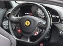 Фото авто Ferrari F12berlinetta 1 поколение, ракурс: рулевое колесо