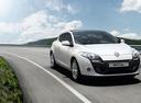 Фото авто Renault Megane 3 поколение [рестайлинг], ракурс: 315 цвет: белый