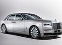 Фото авто Rolls-Royce Phantom 8 поколение, ракурс: 315 цвет: серебряный