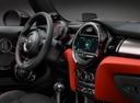 Фото авто Mini Cabrio F57, ракурс: торпедо