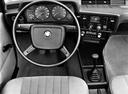 Фото авто BMW 3 серия E21, ракурс: торпедо