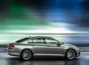 Фото авто Volkswagen Passat B8, ракурс: 270 цвет: серебряный