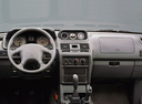 Фото авто Mitsubishi Montero 2 поколение [рестайлинг], ракурс: торпедо