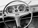 Фото авто Audi 80 B1, ракурс: рулевое колесо