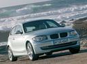 Фото авто BMW 1 серия E81/E82/E87/E88 [рестайлинг], ракурс: 315 цвет: серебряный