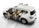 Фото авто Nissan Patrol Y62, ракурс: 135 цвет: белый