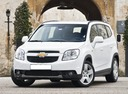 Фото авто Chevrolet Orlando 1 поколение, ракурс: 45 цвет: белый