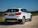 Фото авто BMW X1 F48, ракурс: 225 цвет: белый