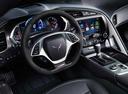Фото авто Chevrolet Corvette C7, ракурс: торпедо