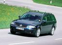 Фото авто Volkswagen Passat B5.5 [рестайлинг], ракурс: 45 цвет: синий