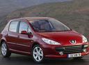 Фото авто Peugeot 307 1 поколение [рестайлинг], ракурс: 315 цвет: красный