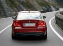 Фото авто BMW 1 серия E82/E88 [2-й рестайлинг], ракурс: 180 цвет: красный