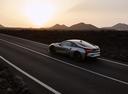 Фото авто BMW i8 I12 [рестайлинг], ракурс: 135 цвет: серебряный
