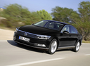 Фото авто Volkswagen Passat B8, ракурс: 45 цвет: черный