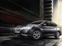Фото авто Nissan Sentra B17, ракурс: 45 цвет: серый