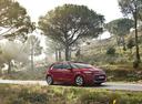 Фото авто Citroen C4 Picasso 2 поколение, ракурс: 315 цвет: красный