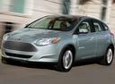 Фото авто Ford Focus 3 поколение, ракурс: 45 цвет: аквамарин