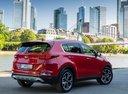Фото авто Kia Sportage 4 поколение [рестайлинг], ракурс: 225 цвет: красный