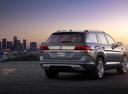 Фото авто Volkswagen Teramont 1 поколение, ракурс: 225 цвет: серый