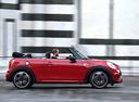 Фото авто Mini Cabrio F57, ракурс: 270 цвет: красный
