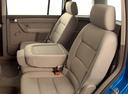Фото авто Volkswagen Touran 1 поколение, ракурс: задние сиденья