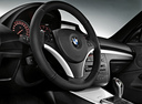 Фото авто BMW 1 серия E82/E88 [2-й рестайлинг], ракурс: рулевое колесо