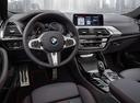 Фото авто BMW X4 G02, ракурс: торпедо цвет: красный