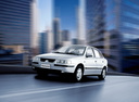 Фото авто Iran Khodro Samand 1 поколение, ракурс: 45