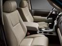 Фото авто Toyota Tundra 2 поколение, ракурс: сиденье