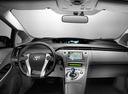 Фото авто Toyota Prius 3 поколение [рестайлинг], ракурс: торпедо