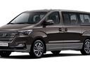 Фото авто Hyundai H-1 Grand Starex [рестайлинг], ракурс: 45 цвет: коричневый