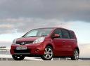 Фото авто Nissan Note E11 [рестайлинг], ракурс: 45 цвет: красный