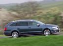 Фото авто Skoda Superb 2 поколение [рестайлинг], ракурс: 270 цвет: синий