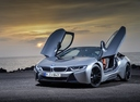 Фото авто BMW i8 I12 [рестайлинг], ракурс: 45 цвет: серебряный
