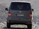 Фото авто Volkswagen Multivan T5, ракурс: 180 цвет: мокрый асфальт