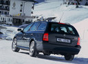 Фото авто Skoda Octavia 1 поколение [рестайлинг], ракурс: 135 цвет: черный