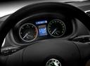 Фото авто Skoda Roomster 1 поколение, ракурс: приборная панель