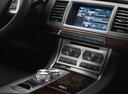 Фото авто Jaguar XF X250 [рестайлинг], ракурс: центральная консоль
