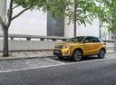 Фото авто Suzuki Vitara 2 поколение [рестайлинг], ракурс: 45 цвет: желтый