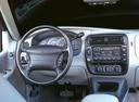 Фото авто Ford Explorer 2 поколение [рестайлинг], ракурс: рулевое колесо
