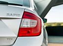 Фото авто Skoda Rapid 3 поколение, ракурс: задние фонари цвет: белый