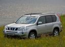 Фото авто Nissan X-Trail T31, ракурс: 45 цвет: серебряный