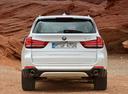 Фото авто BMW X5 F15, ракурс: 180 цвет: белый